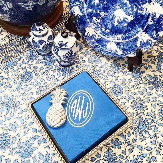 monogrammed cocktail napkin, monogrammed napkins, foil stamped napkins, personalized napkins, circle monogram, personalized reception napkin
