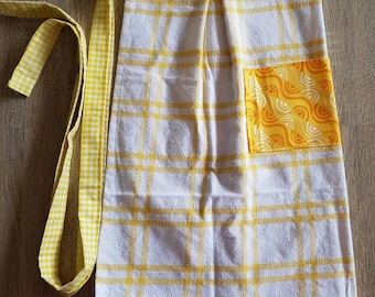 Waist Tea Towel Apron with Pocket: Yellow
