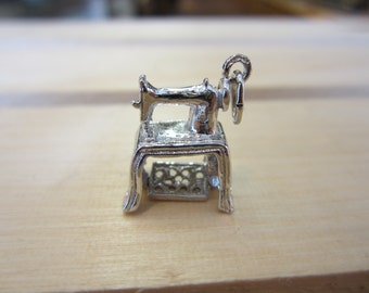 Sewing Machine Charm, Sterling Silver Sewing Machine Charm, Silver Charms