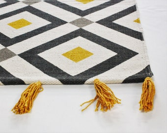 Carpet mustard