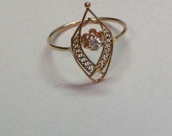 Vintage Art Nouveau 10k Yellow Gold Filigree Work .10 Diamond Ring