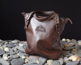 handbag brown leather