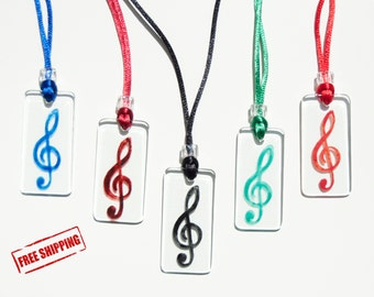 Treble clef - Free shipping - Glass - Necklace - Various colors - Musical note - Musicians - Music lovers - For her - Romantic - Elegant