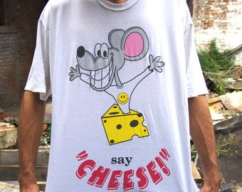 90's say chesse mouse wearing smiley face photographer t-shirt