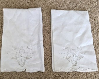 Pair of Vintage Ivory Embroidered Linen Napkins