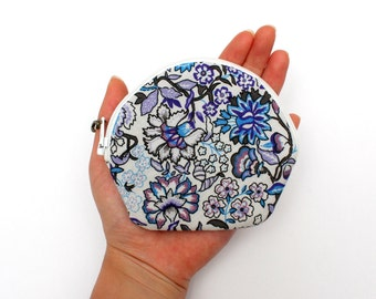Fetching Floral Patterned Zipper Coin Purse