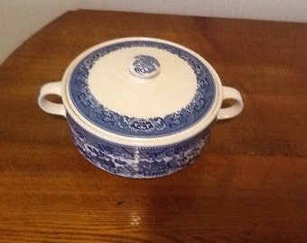 Blue Willow Serving Bowl With Lid Soup Toureen