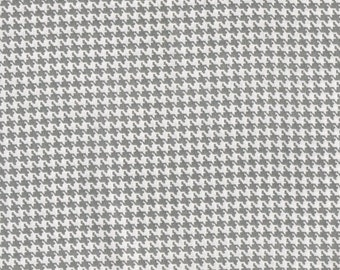 Grey Houndstooth Fabric, Cotton Fabric, Fabric by the yard, grey fabric, quilt fabric