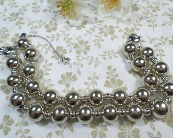 MONET! Beautiful Vintage Silver Tone Double Strand Beaded Bracelet With The Safety Chain Signed Monet DL# 8124