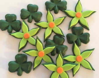 ST PATRICK'S DAY edible sugar flowers shamrocks cupcake decorations