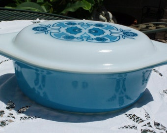 Pyrex Horizon Blue 043 with Opal Decorated Lid