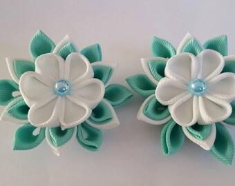 Handmade kanzashi flower hairclips. Aqua blue and white fabric flower hair clips. Wedding accessories. Hair accessories