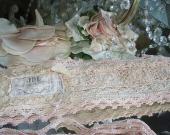 Jeanne d'Arc Living Vintage Shabby Style Apricot, Tea Rose or Powder Rose Color Crochet Belt w/Ties