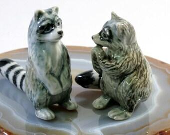 Raccoon - handpainted porcelain figurine, 1 pair - 1813