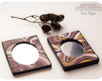 Mirror of handbag Mosaic design, handmade with polymer clay. Comfortable item for the bag, it is ideal for last minutes touch-ups of women.