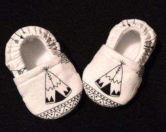Baby booties with a Tent Print ( Prints may vary), Baby Shoes, Baby Crib shoes, Baby Gift