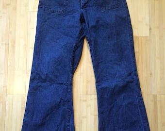 Bellbottom Sailor jeans