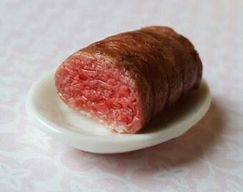 Roast beef, dollhouse miniature food, sunday dinner, miniature kitchen food, cooked dolls house beef plate