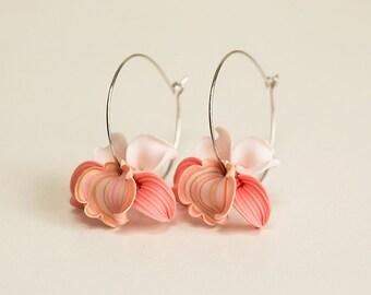 Peach Orchid Earrings. Coral Pink white flower earrings. Hawaii Flower hoops earrings. Polymer clay jewelry. Tropical flower Earrings Hoop.