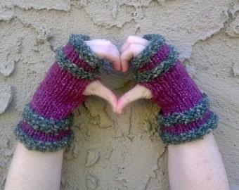 100% Recycled Yarn Fingerless Gloves