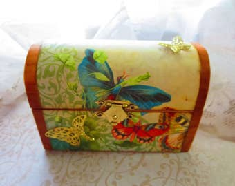 Gift box, wood box, butterfly box, jewelry box, decorative box