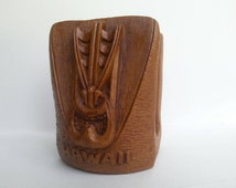 Vintage Coco joe's lono napkin holder-tiki napkin holder-vintage hawaiian kitchen accessories-hapa wood napkin holder-cocojoe's napkin holde