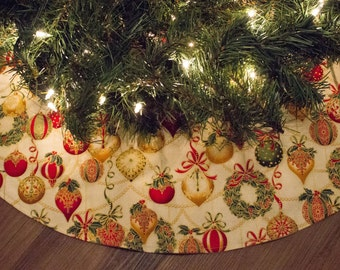 Christmas Tree Skirt-Traditional-Gold-Cream-Red-Green-Metallic-Holiday Decor-Christmas Ornament-Wreath-Christmas Decoration