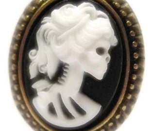 Retro vintage cameo ring miss skull rockabilly pin up halloween horror gothic skull tattoo penny dreadful graveyard witch