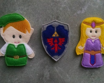 Hyrule Elf Warrior Finger Puppets and Shield
