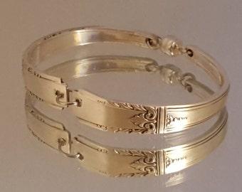 Spoon Bracelet, Flatware Jewelry, Silverware Jewelry, Cuff Bracelet, Silver Plated, Handmade Jewelry, Upcycled Jewelry, Wedding Jewelry