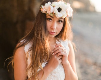 Flower Crown Wedding- Flower Circlet- Bridal Floral Halo- Anemone Flower Wedding headpiece- Couronne de Fleurs- Ivory Flower Crown- Blush