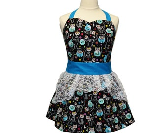 Plus Size Skeleton Cats with Fishbowls Apron, Day of the Dead, Black and Turquoise, White Lace Ruffle, Plus Size Clothing, Delantal