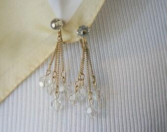 Avon Signed Crystal Clear Glass Bead Gold Tone Dangle Screw Back Earrings BT-487