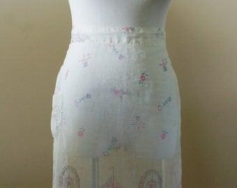 Delicate Carnival Theme White Gauze Vintage Mid Century Half Apron BT-538