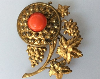 Vintage Gold Tone Floral Brooch With Red Glass.