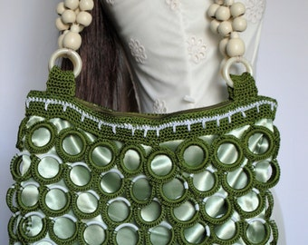 Crochet Olive Green Ring Bag. Handmade crochet shoulder bag. Fully lined with complimentary fabric.