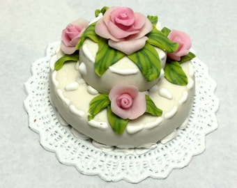 Promotion! Decorative wedding cake with roses, 1/12 scale, ooak