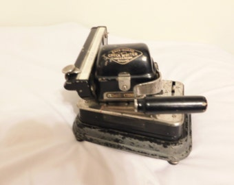 Safe-Guard Check Writer Made in 1917 By The Safe-Guard Check Writer Co., NY,NY