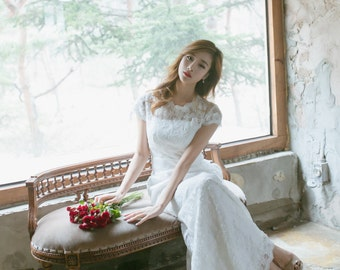 Isabel -  Vintage Inspired French Corded Ivory Lace Cap Sleeves Wedding Dress