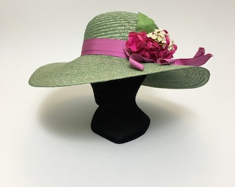 Vintage '80s green straw and pink flowers large brim hat