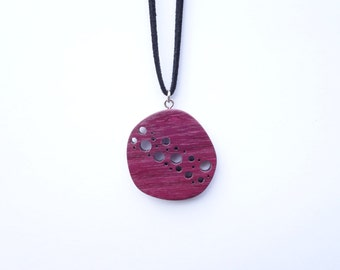 TERRILL TACTILE Round Starry Sky Purple Heart Necklace
