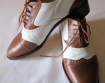 Bally Ladies Oxford Shoes bicolor /  7,5 / Italian Leather Shoes