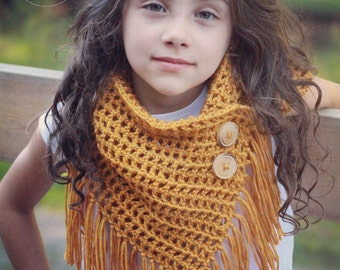 Easy Crochet Pattern, crochet triangle scarf pattern, gift for her, scarf pattern, cowl pattern, scarf pattern w/ fringe, CHEYENNE SCARF