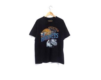 CHARLOTTE HORNETS SHIRT // 90s // Hornets Shirt // Hornets T-Shirt // Charlotte Hornets Shirt // Charlotte Hornets // Hornets // 90s Hornets