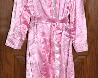 Pink Embroidered Full Length Robe Size XXL, Pink Vintage Robe, Embroidered Vintage Robe, Quilted Embroidered Robe, Wedding Robe