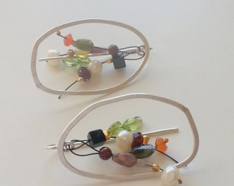 Colored stones earings