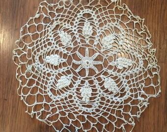 1960s Vintage Doily - Crocheted - White - Delicate - Flower