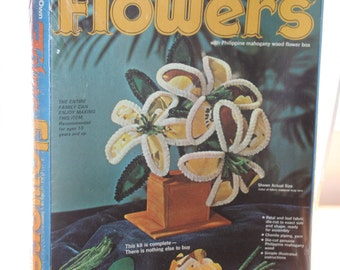 Arrow Handicraft Make Your Own Fabric Flowers Kit -- Floral, Philippine Mahogany Wood Box -- Deadstock, Sealed -- 1974