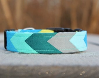 Chevron geometric green blue dog collar -  Chevron Print
