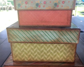 Modern Floral Nesting Boxes